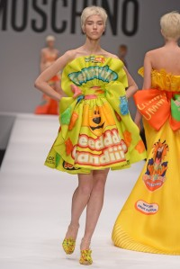 moschino-aw1415-gummy-bears